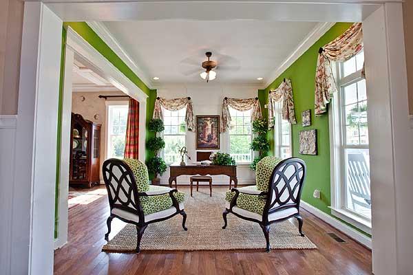 amazing award winning living room | Award-Winning Farmhouse w/ Amazing Interior! (HQ Plans ...