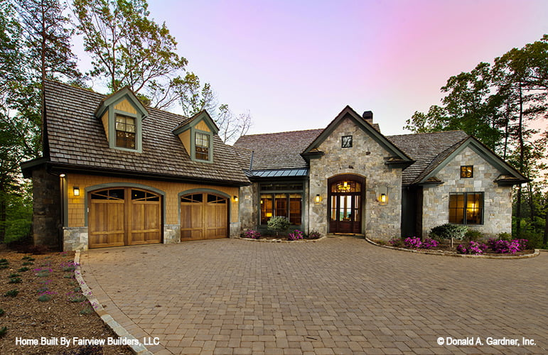 Home Plan The Laurelwood