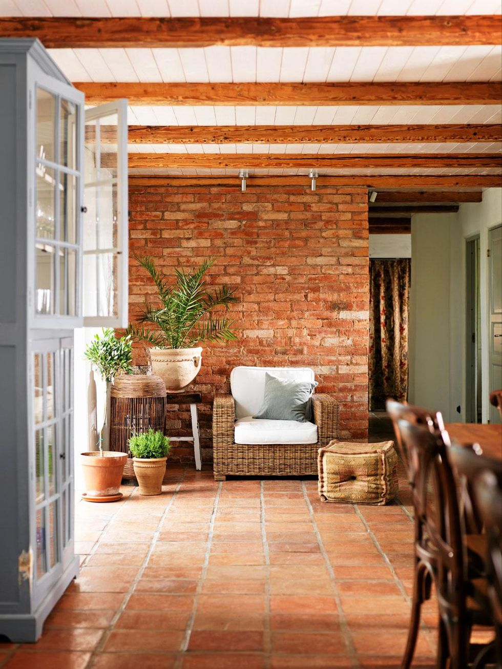 Interior Decor Trends for 2017: terracotta