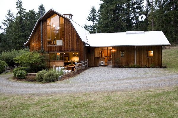 Spacious and beautiful barn house