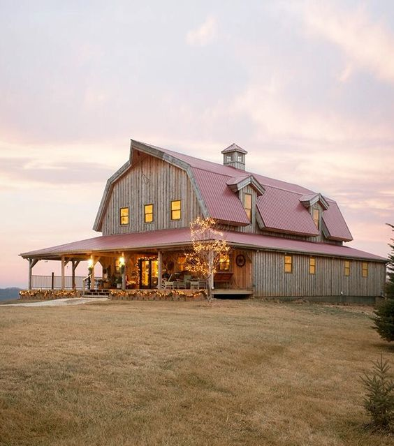 Metal building homes - barn houses