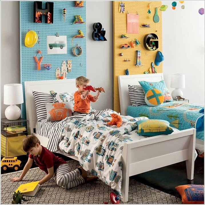 upper-bed-organized-fun