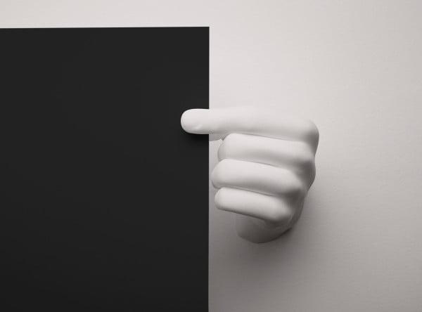 handvas-hand-print-holder-3-600x444-1