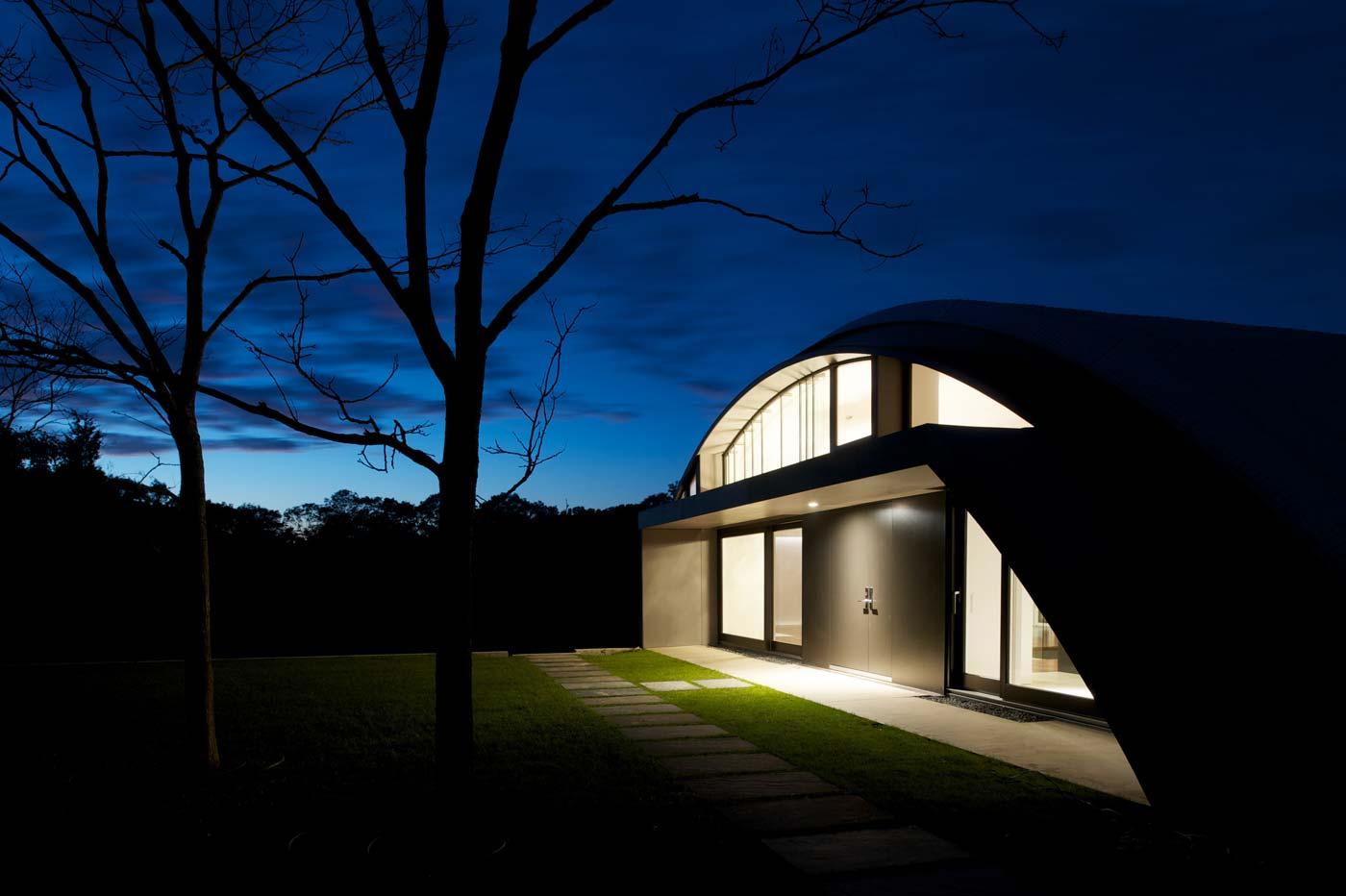 The Arc House by Maziar Behrooz