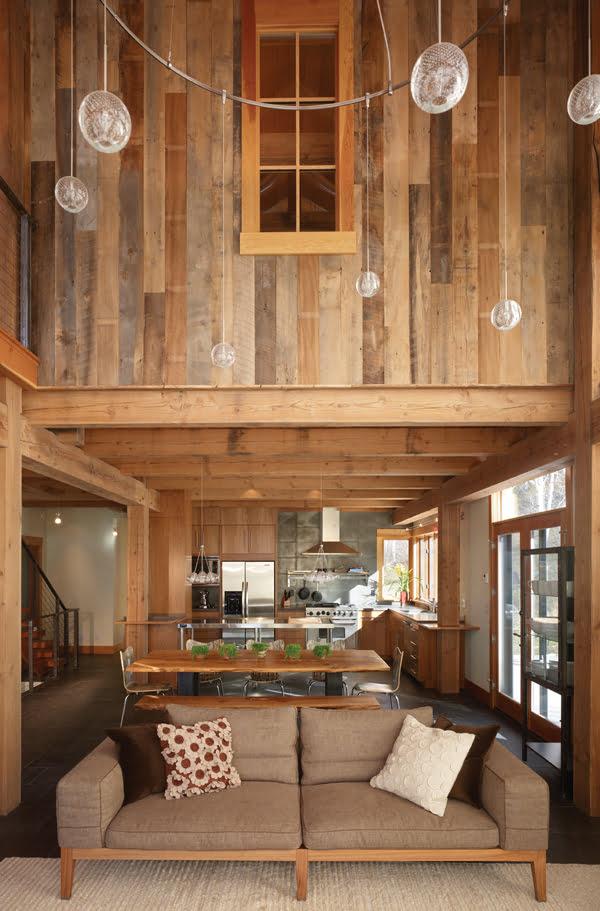 Barn House Interior: Bedroom