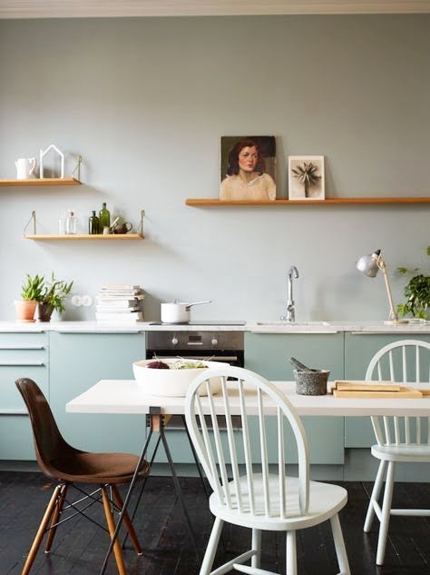 pastel-and-minimal